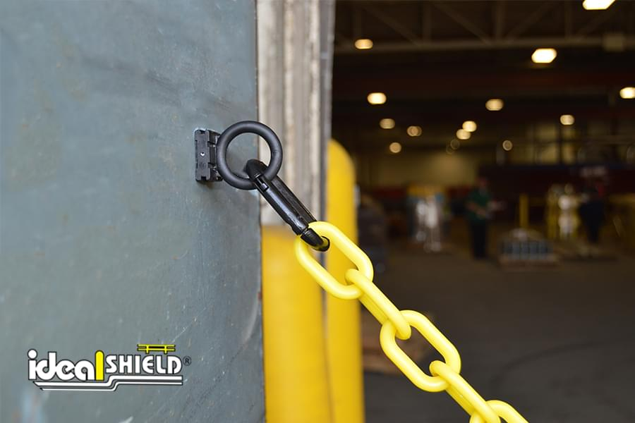 Ideal Shield's Magnet ring carabiner for the Loading Dock Chain Kit