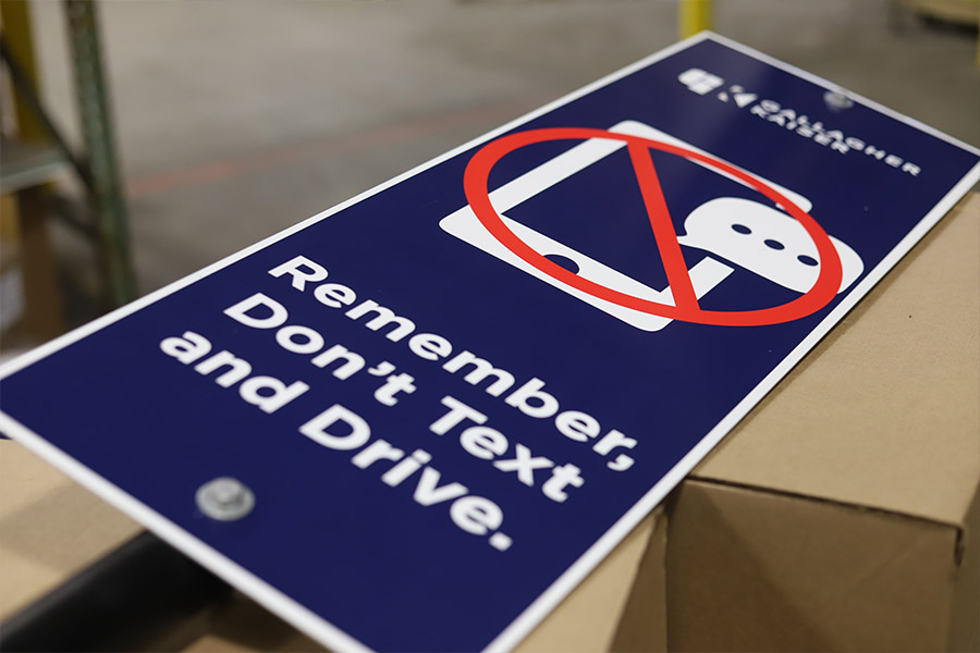 Ideal-Shields-Dont-Text-and-Drive-Signs-for-Gallagher-Kaiser