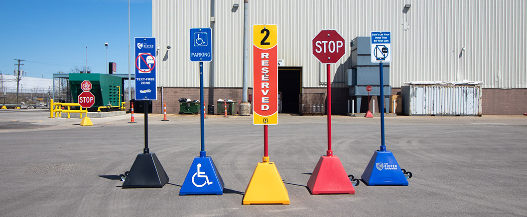 Ideal Shield Plastic Pyramid Sign Bases
